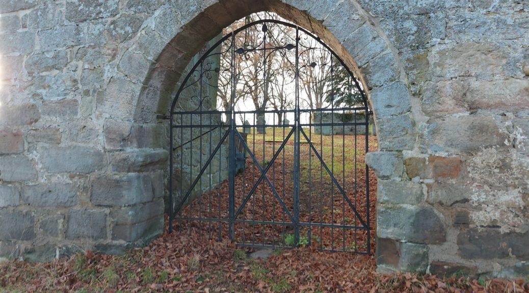 Tor Alt-Rhoden, geschlossen